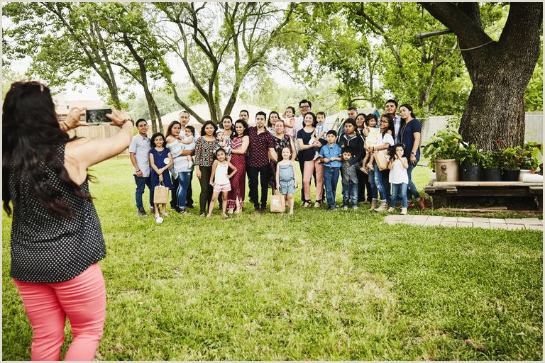 Fun Family History Activities for Family Reunions
