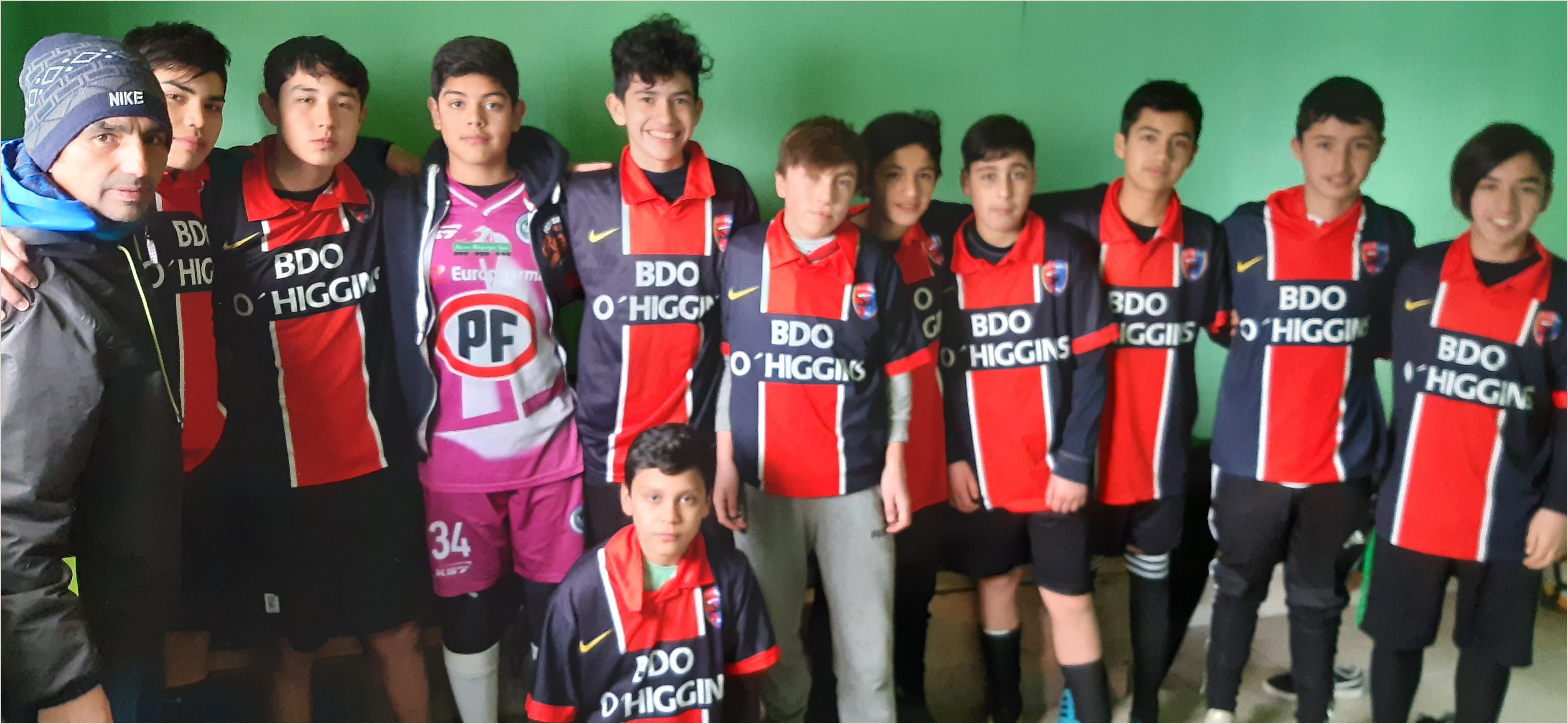 Como Hacer Una Hoja De Vida Para Un Futbolista Municipalidad De Puerto Montt Noticias Del Alcalde