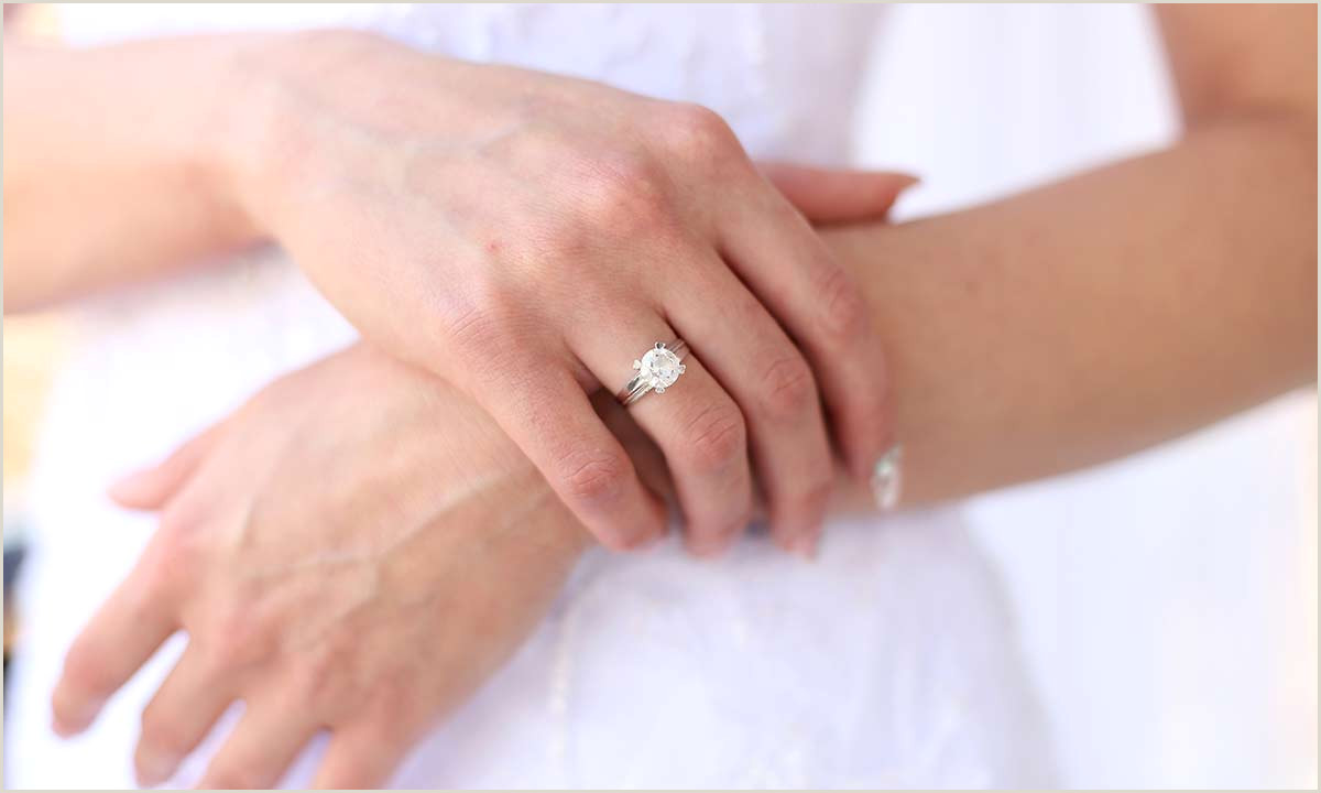 How to the perfect engagement ring – 7 things you need