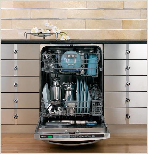GE Profile™ Dishwasher with SmartDispense™ Technology
