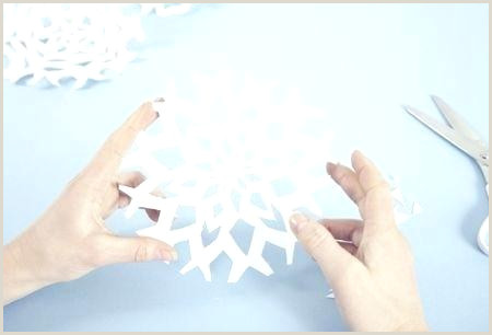 Easy Paper Snowflakes for Kindergarten How to Make Paper Snowflakes Get Our Free Templates