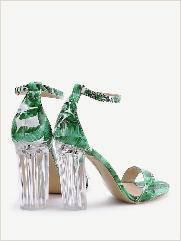 Sandalias de tac³n en dos partes con estampado de hoja verde