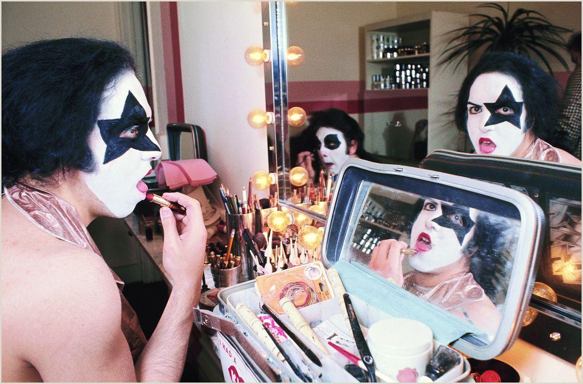 How To Apply Kiss Band Makeup