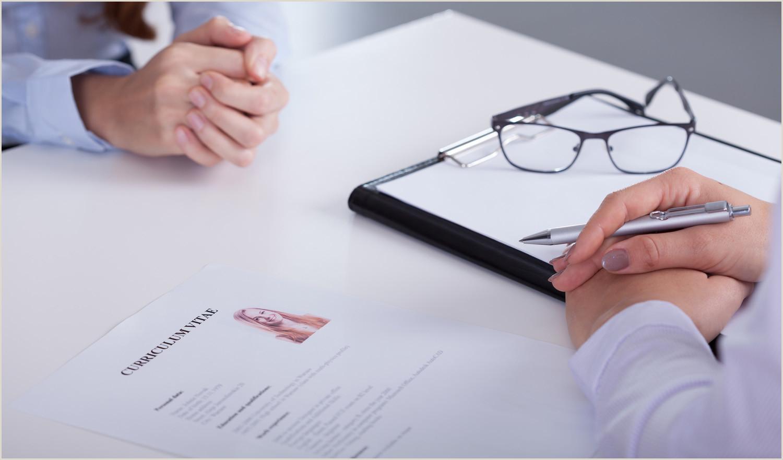 Los riesgos de recoger el currculum en mano ORH