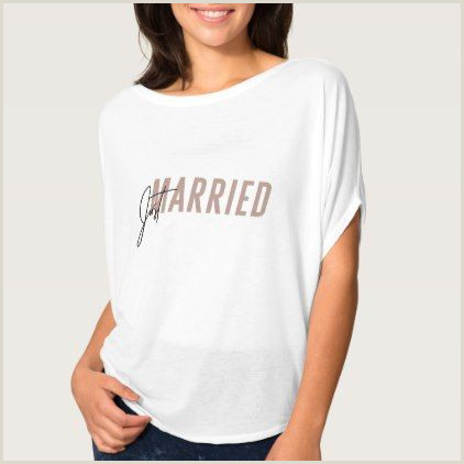 Minimal pink hand lettered Just Married TShirt