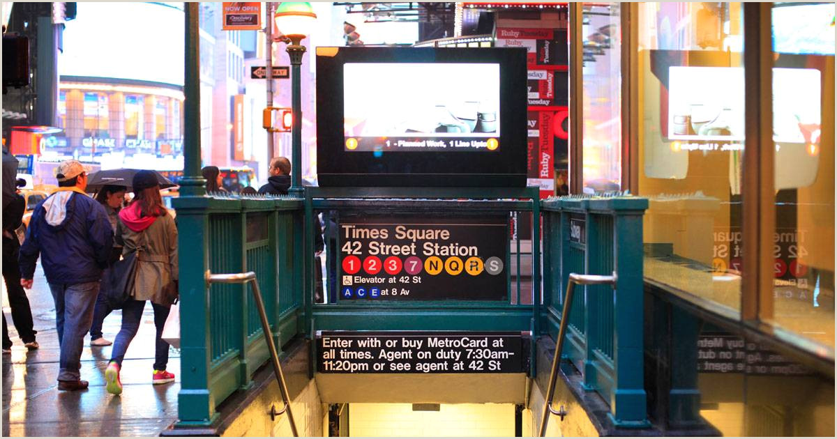 NYC subway officials seek more retail