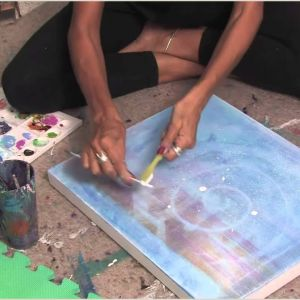 Things to Paint On Canvas for Beginners