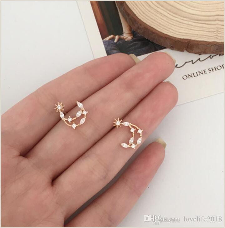 Best Business Cards For A Jewelry Designer 2020 New Design Hollow Star Month Earring Women Girl Cute Diamond Small Earrings Fine Jewelry Best Gift For Girlfriend T341 From Lovelife2018 $0 71
