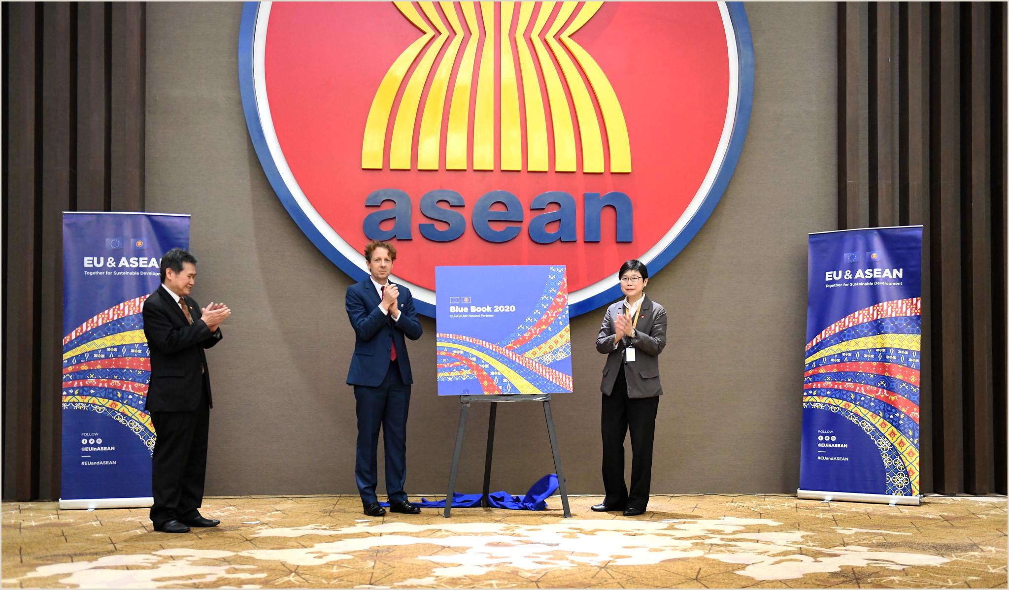 Book Signing Banner 27th Asean Eu Jcc Meeting & Eu Asean Blue Book Launch