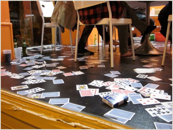 Clever Places To Leave Business Cards 10 Inventive Ways To Distribute Business Cards Inspiredology