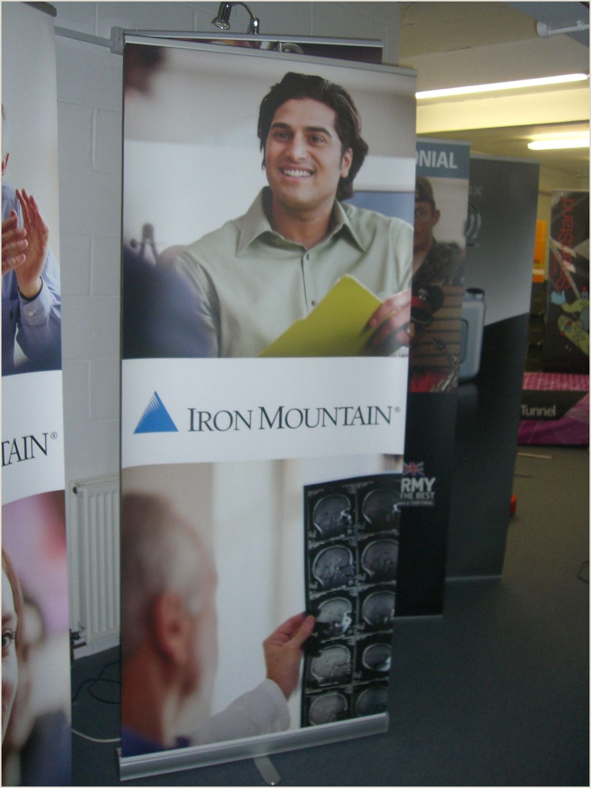 Exhibition Banner Stands Banner Stands