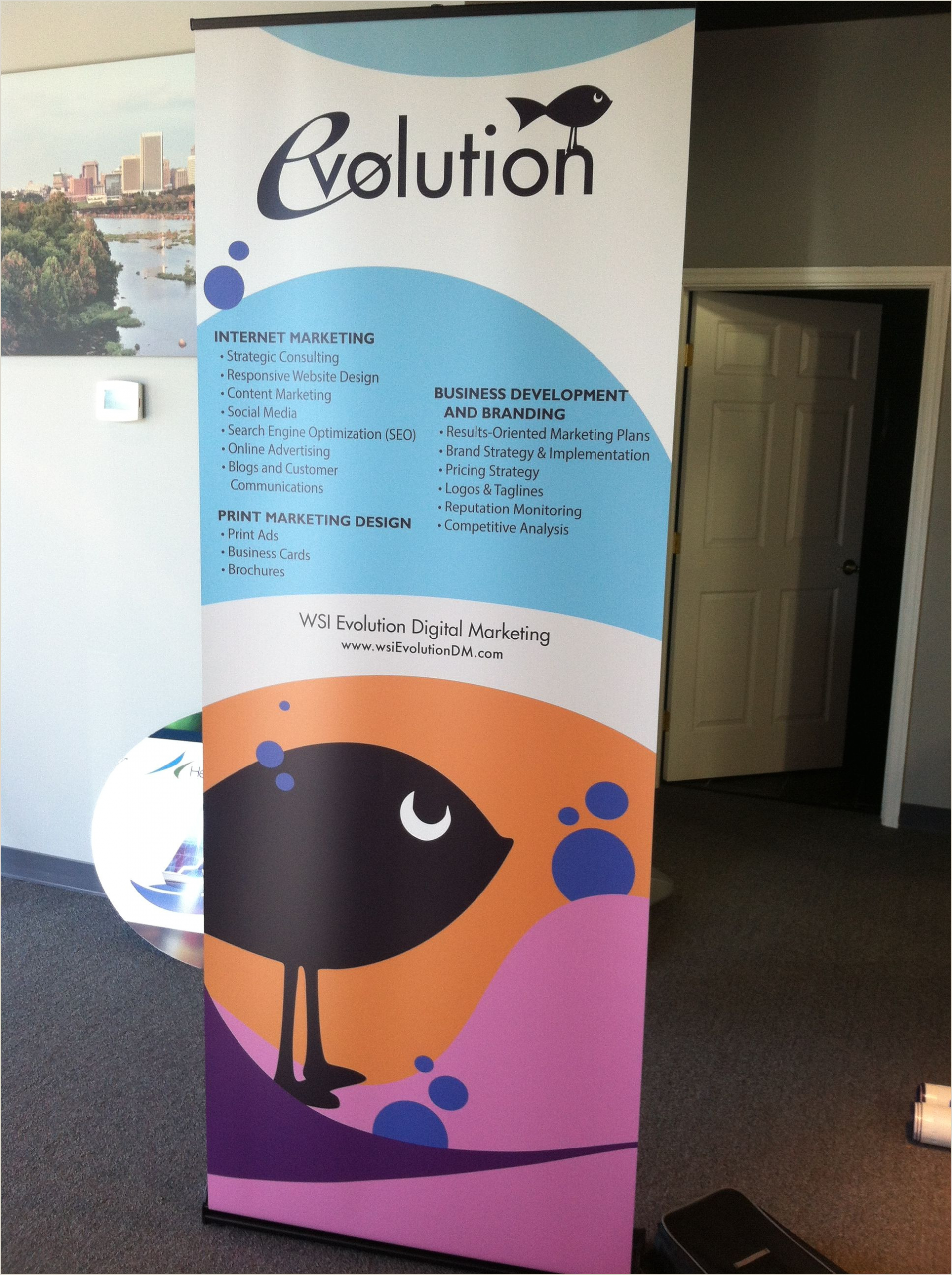 L Banner Stand The Colors And Graphics Are Great On This Retractable Banner