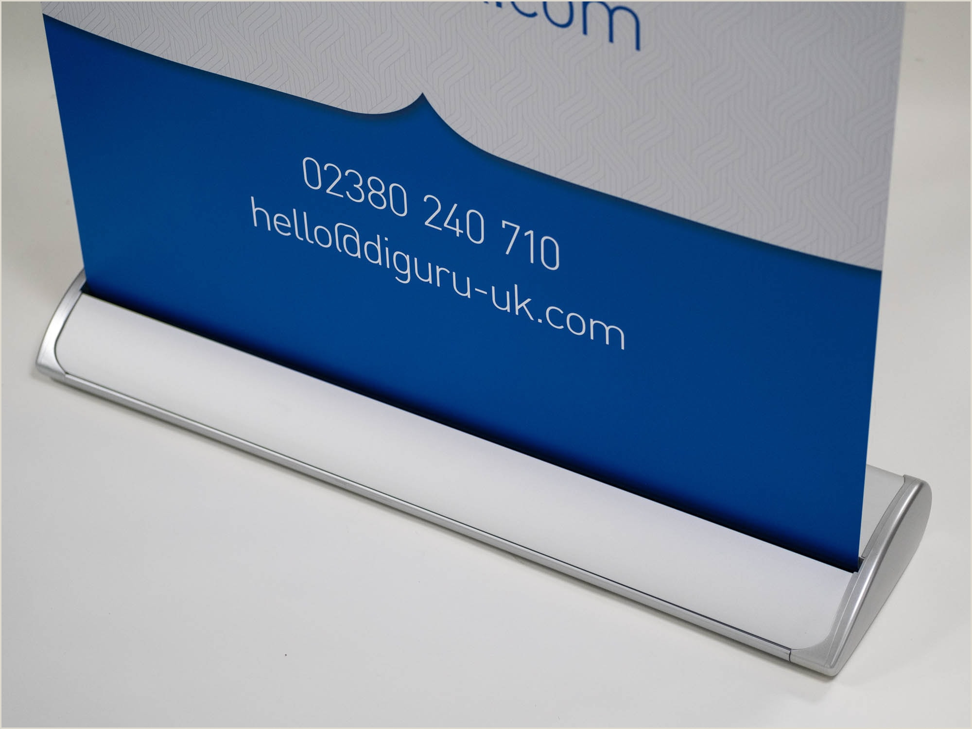 Large Pull Up Banners Mid Range Pullup Banners