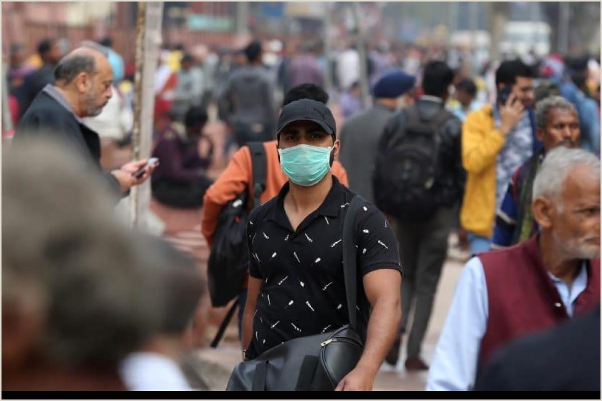 Poster Board Carrying Case Coronavirus Highlights Tn Man Tests Positive Under
