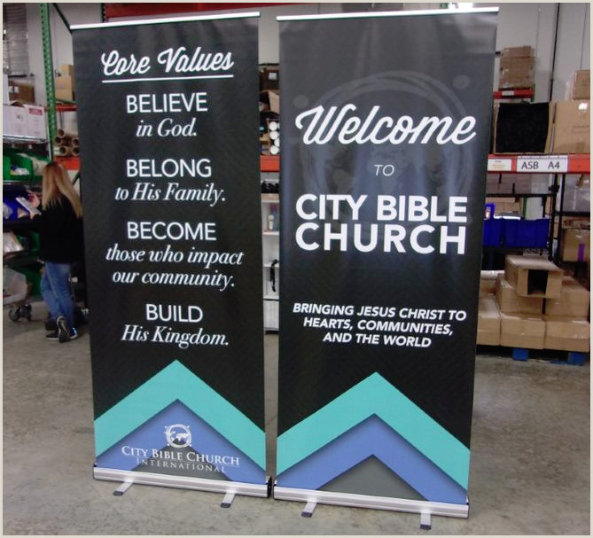 Pull Out Banners Vinyl Retractable Banner Stand