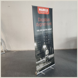 Retractable Displays Roll Ups Standing Banners Canada