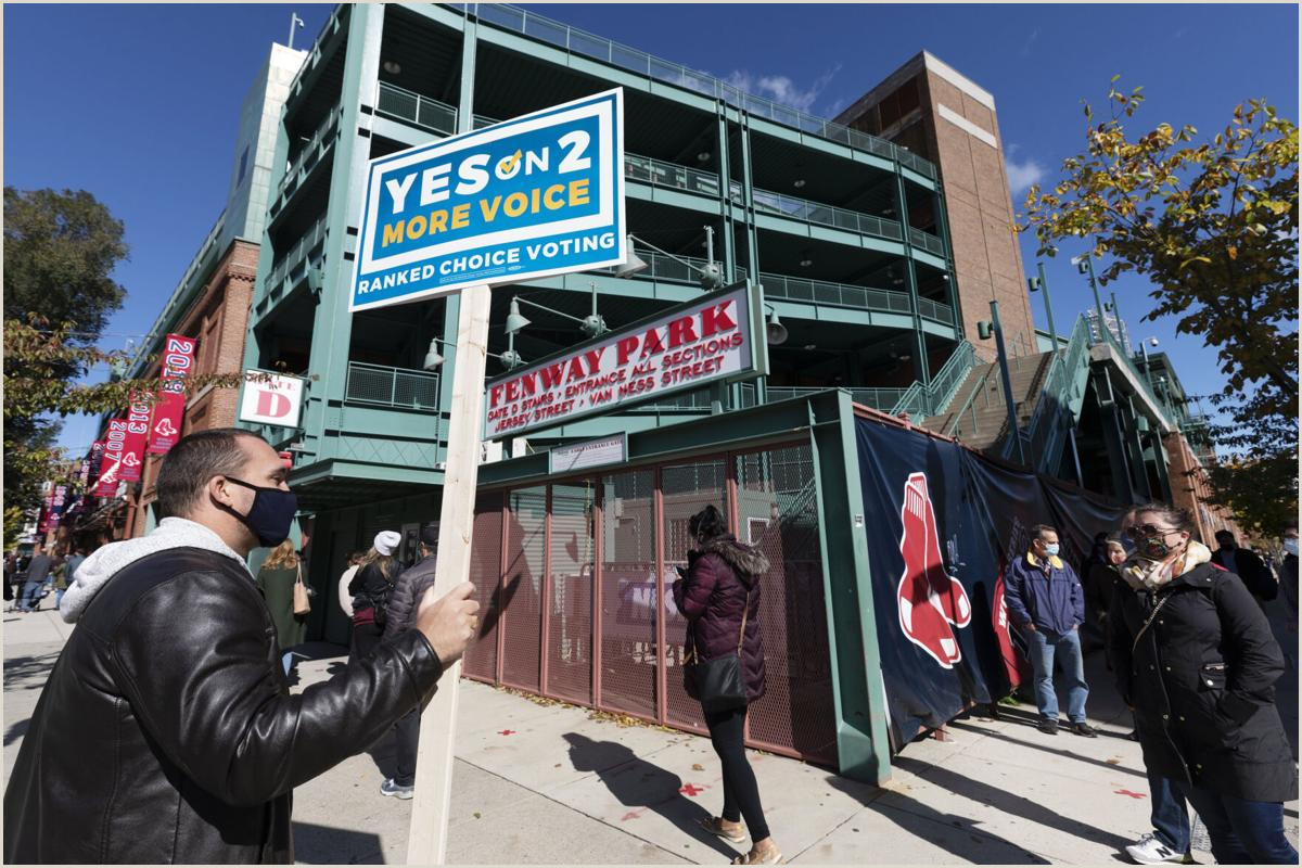 Signs Posters Banners A Fenway First Ballpark Be Es Voting Venue Amid Pandemic