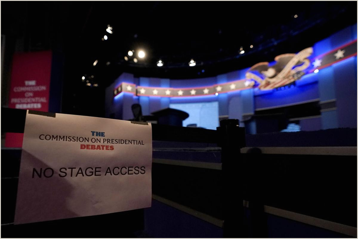 Stage Banner Stands In Vp Debate Plexiglass An Extra Participant On The Stage