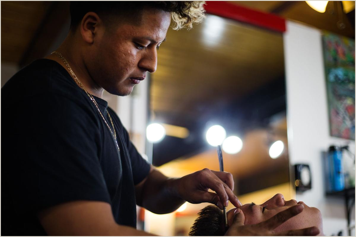 Unique Barbershop Business Cards Yakima Latino Barbers Find Success With Style