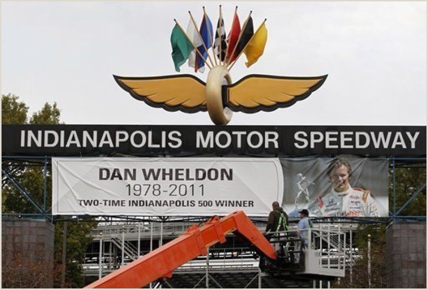 Vista Print Signs Factors Converged In Crash That Killed Dan Wheldon The San