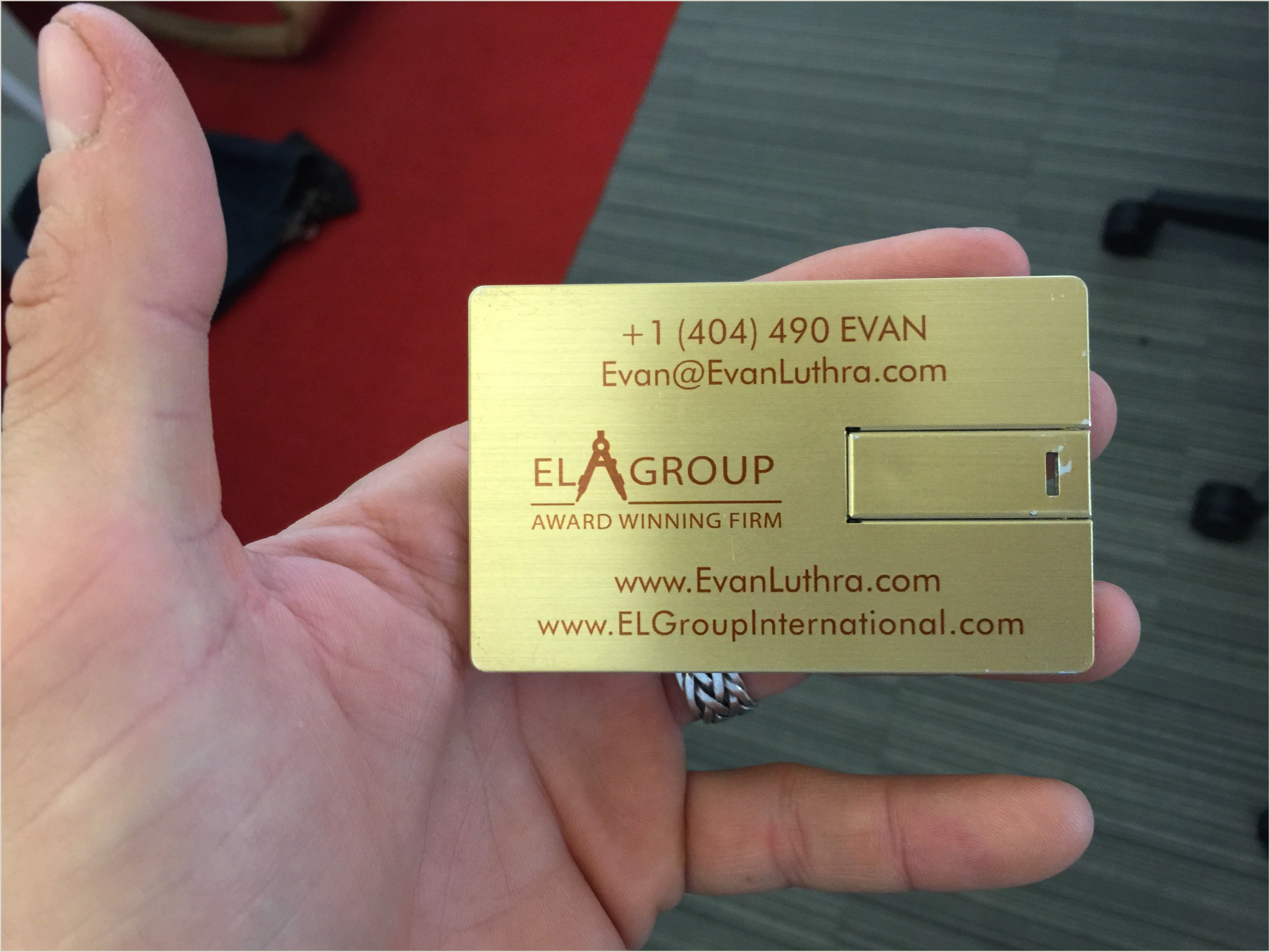 What Are The Best Business Cards To Get That People Won't Throw Away Creating A Business Card That People Won T Throw Away