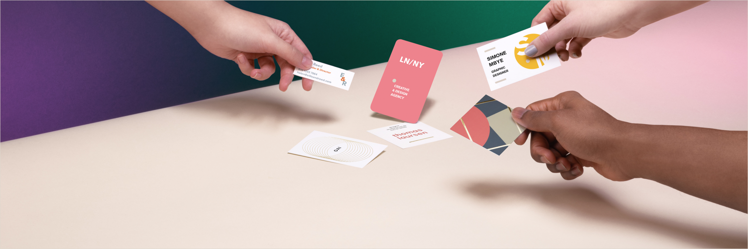 How Big Is A Business Card Business Card Size And Dimension Guide Moo Blog